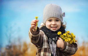 rebenok-devochka-deti-priroda