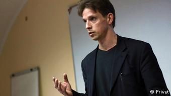 """В'ячеслав Ліхачов, координатор напрямку документування порушень прав людини у зоні конфлікту у """"Схід-SOS"""""""